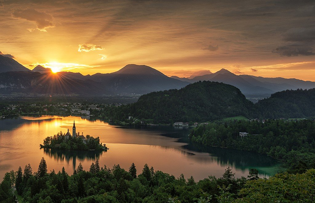 A memorable sunset over Lake Bled