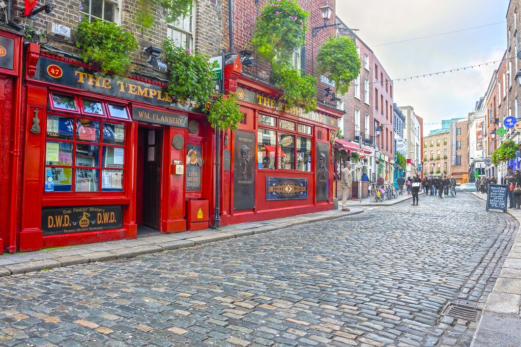 Explore Dublin's cultural quarter, the Temple Bar district