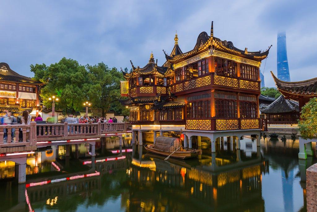 Yuyuan Garden (Garden of Happiness) in the center of Shanghai