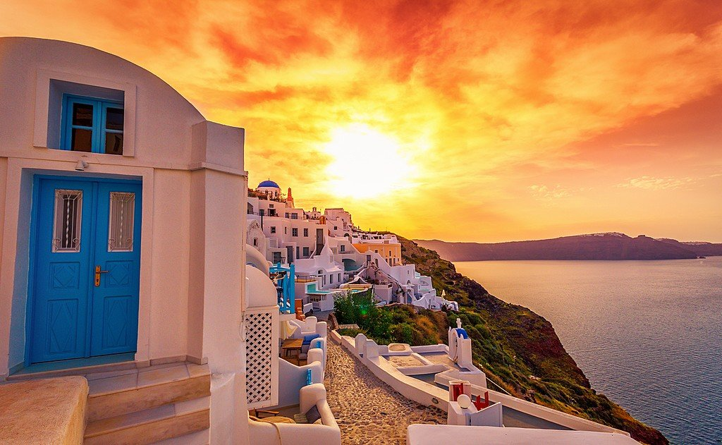 Santorini in May: Travel Tips, Weather, and More