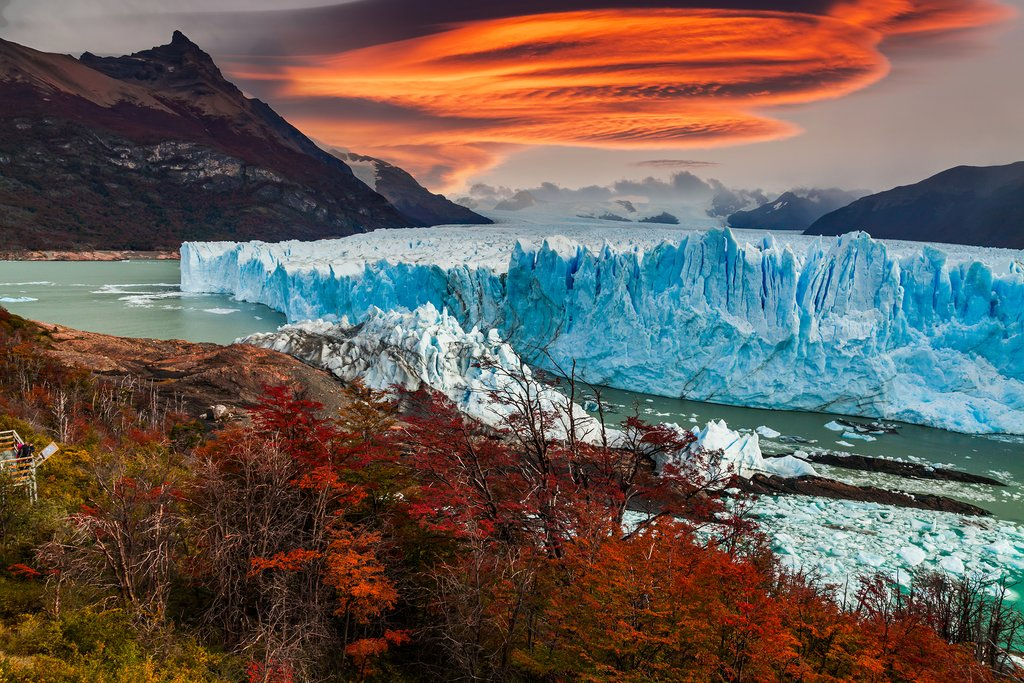 Sunset over the Perito Moreno glacier in Los Glaciares National Park