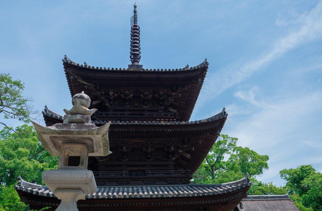 Ishite-ji, Temple 51 on the Shikoku 88 Temple Pilgrimage Trail, Photo Courtesy of Shutterstock/fumoto_s