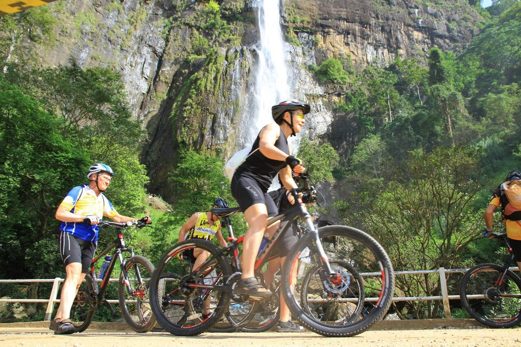 Explore Sri Lanka on a 14-day cycling adventure