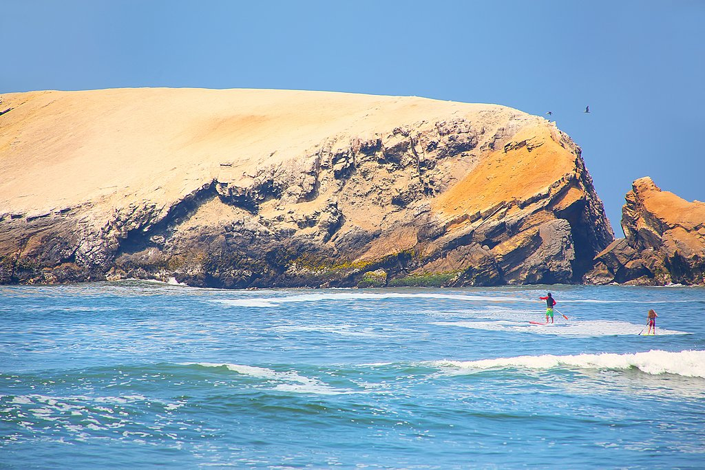 Watersports in Punta Hermosa, south of Lima