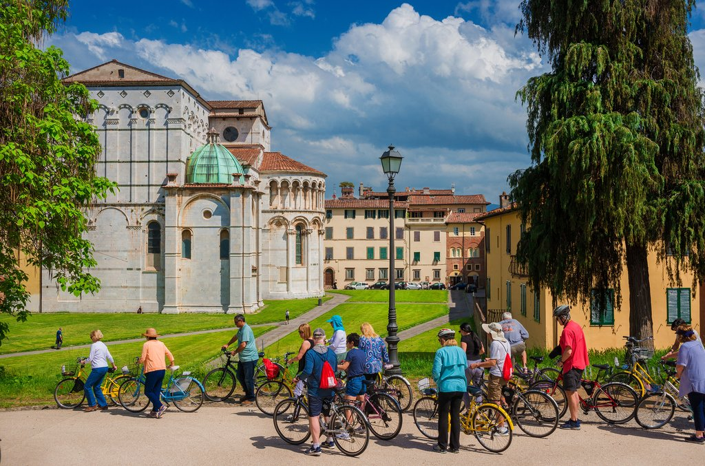 Cycling through Lucca, Tuscany