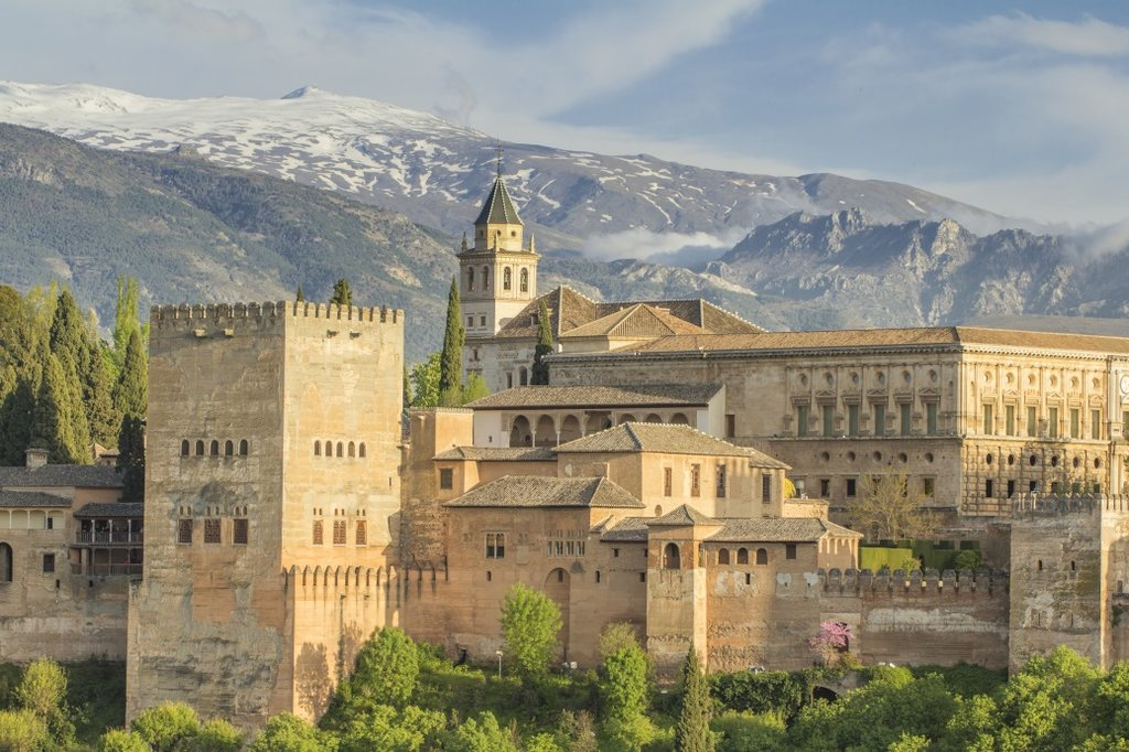 Discover the 9th century Alhambra Palace in Granada