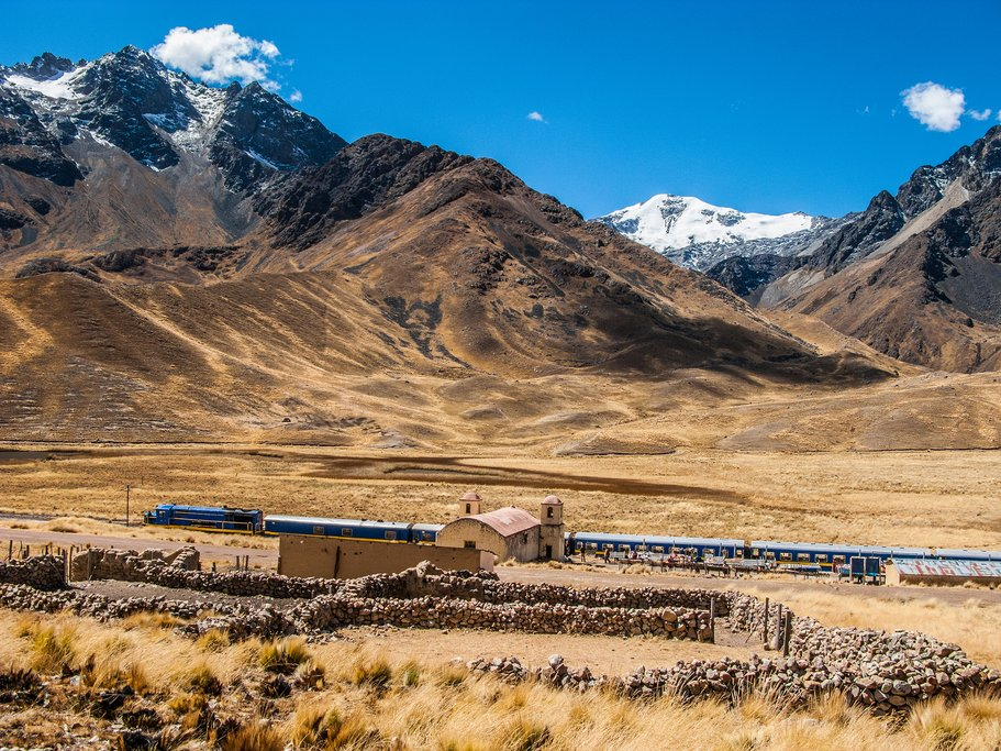 Train at Abra la Raya on the Cusco to Puno Line