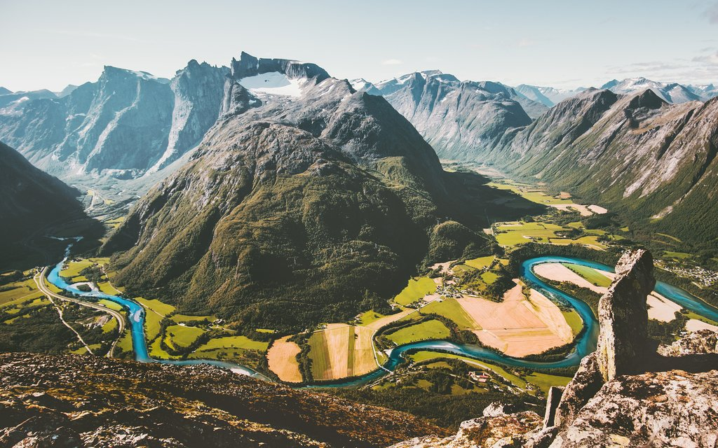 Take a train to Åndalsnes and begin the road trip