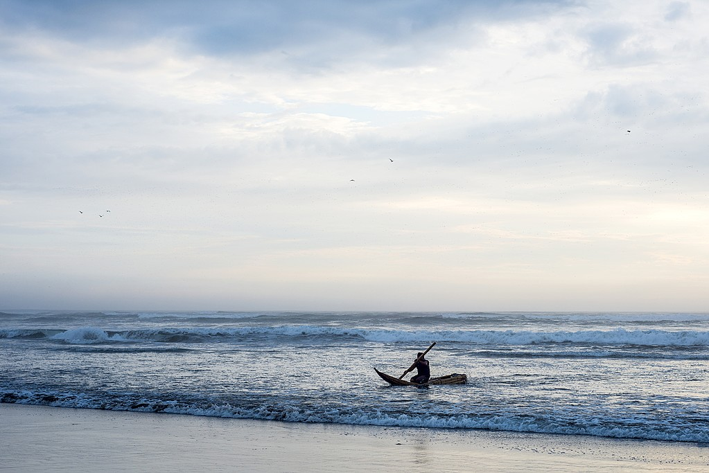 Paddling the coastal waters of tranquil Pimentel on the north coast