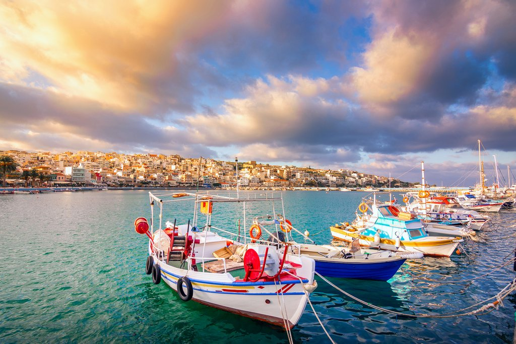 Taste of the Cyclades and Crete - 16 Days