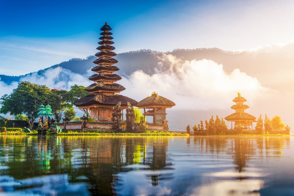 Beautiful landmark Pura Ulun Danu Bratan temple in Bali, Indonesia.