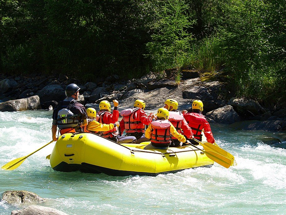 Best Whitewater Rafting in Costa Rica For Every Level