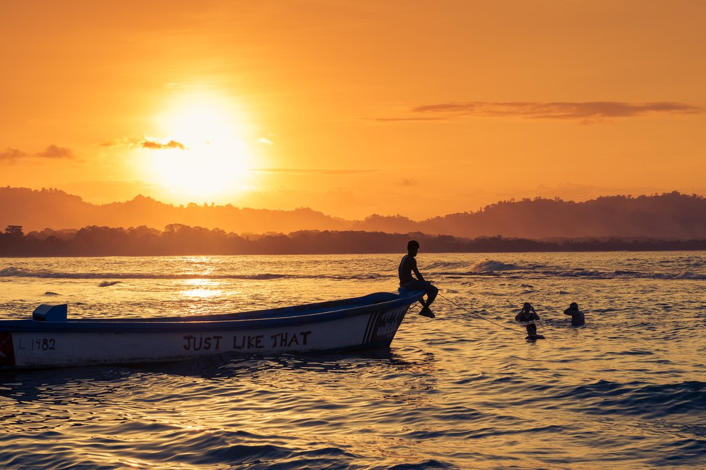 How to Get from Tortuguero to Puerto Viejo de Talamanca