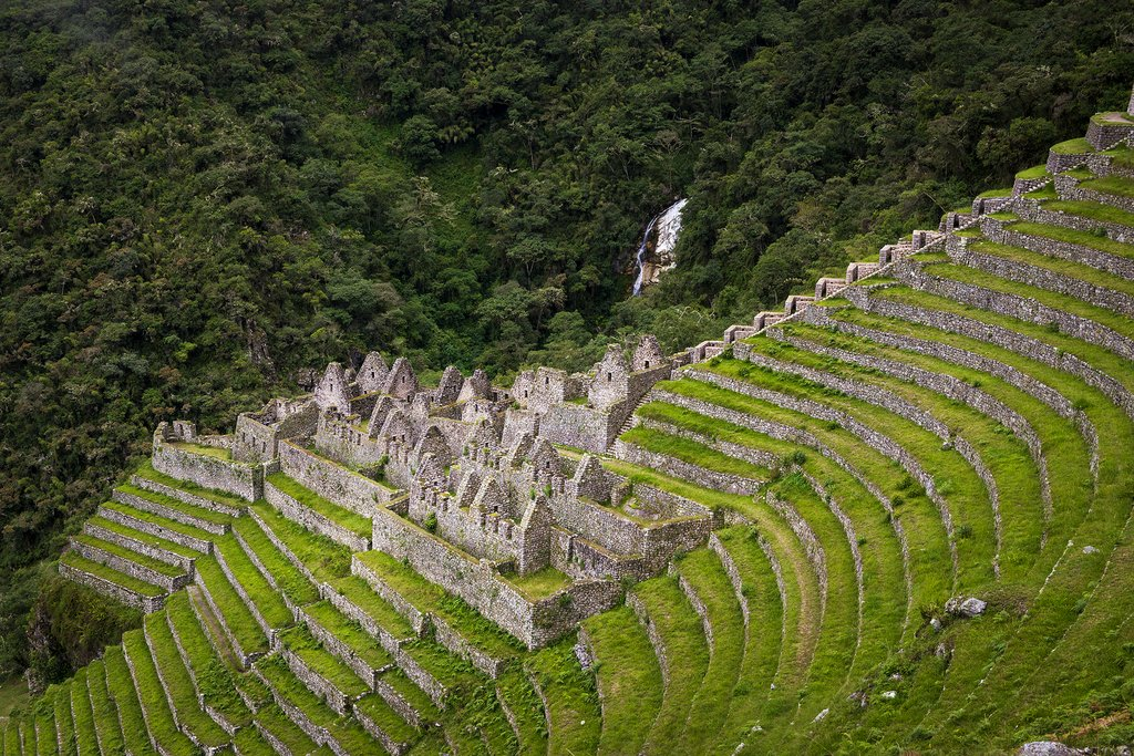 View of the ruins of Winay Wayna from the Inca Trail
