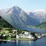 The village of Balestrand