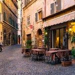 Jewish History Walking Tour in Rome