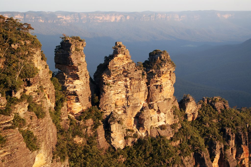 Explore the Blue Mountains on a day trip from Sydney