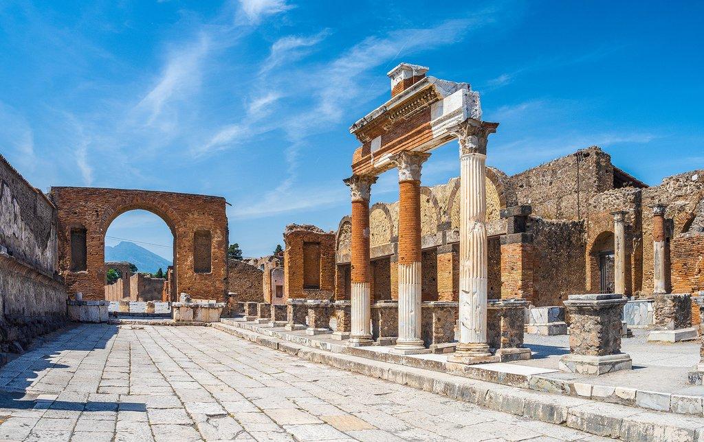 How to Get to Pompeii