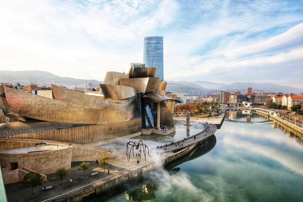 Bilbao riverfront [Photo by Jorge Fernández Salas on Unsplash]