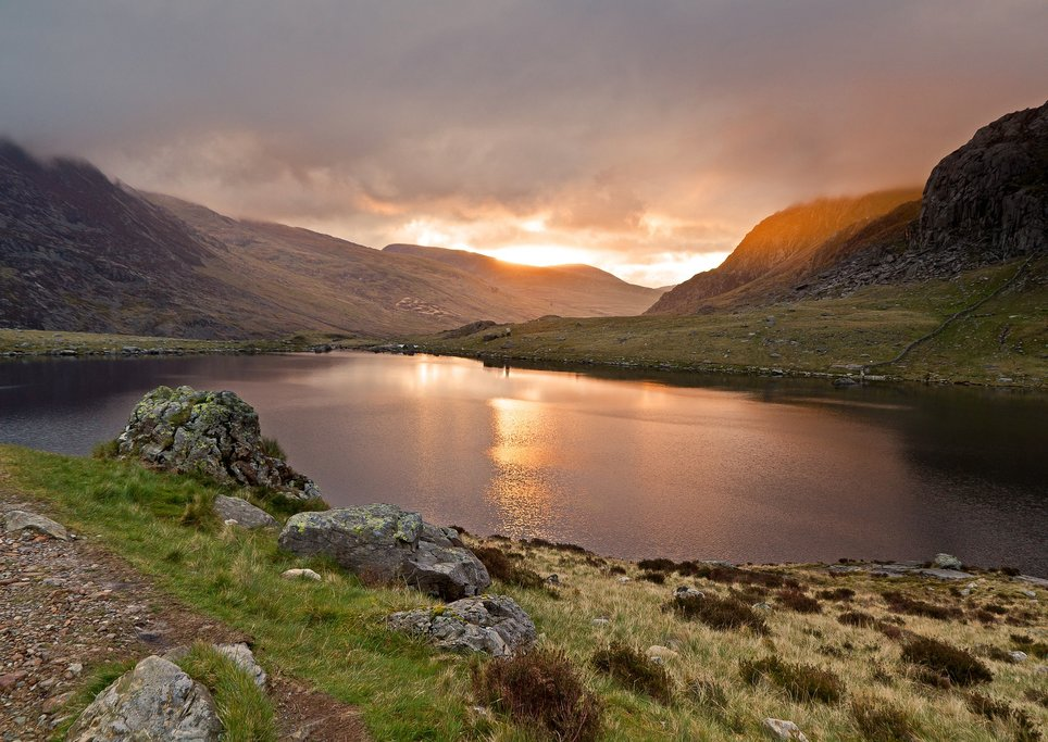 Take a walk around the beautiful Lake Idwal, Snowdonia