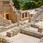 Palace of Knossos & Archaeological Museum in Heraklion