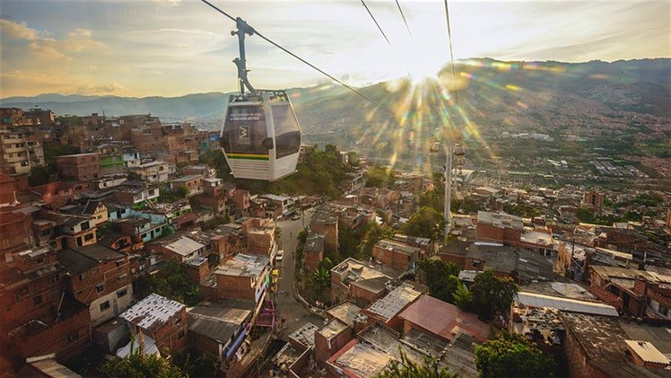 The fantastic metro cable of Medellin