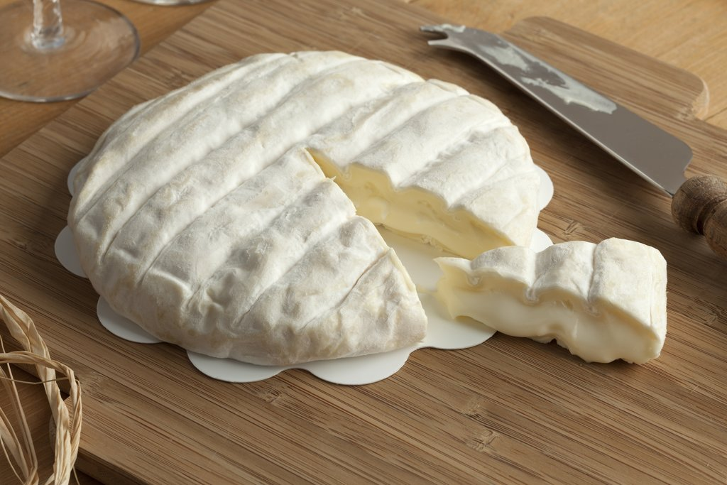 Soft tuma cheese