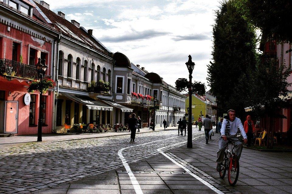 A quiet street in Kaunas