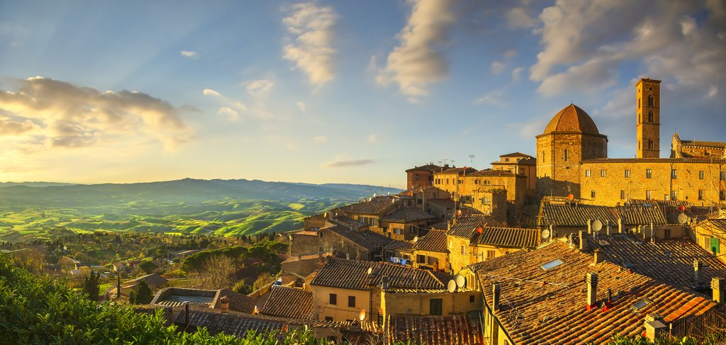 Beautiful Tuscan Villages at Sunset