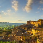 Day Trip to Volterra in Tuscany