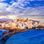 The main town of Naxos (Chora) and the Venetian Castle (Kastro)