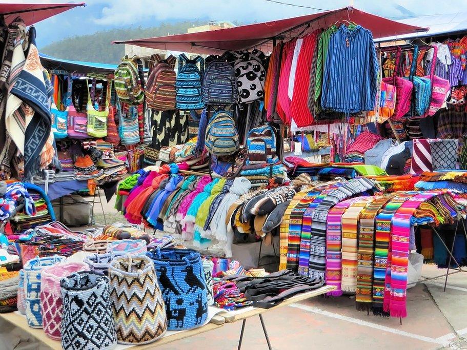 Plaza de los Ponchos in Otavalo
