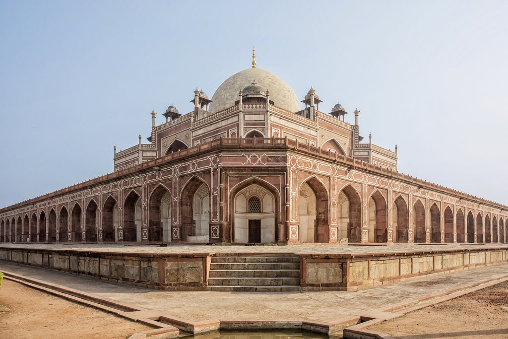 Swing by Hanuman's Tomb on your tour of Old Delhi