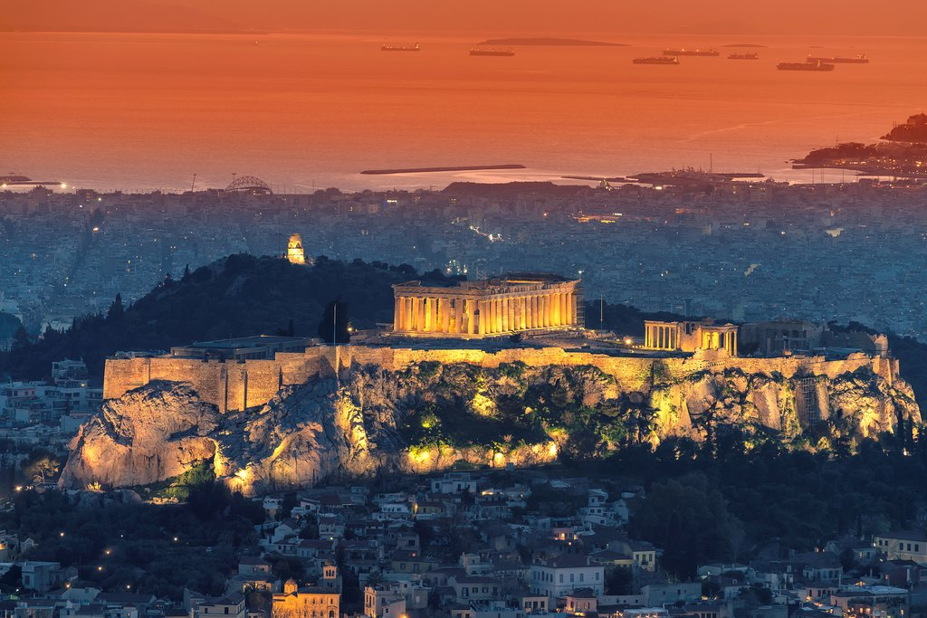 Wave to the Acropolis