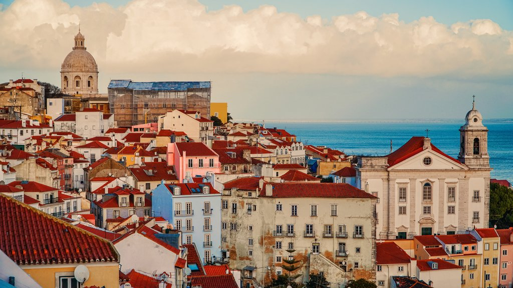 The red roofs of Lisbon