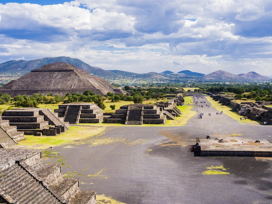 View of the Avenue of the Dead and the Pyramid of the Sun from the Pyramid of the Moon, Teotihuacan, Mexico