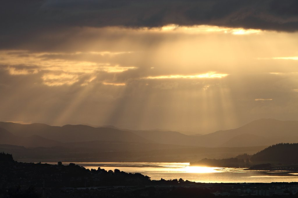 Glorious rays of sun in the highlands.