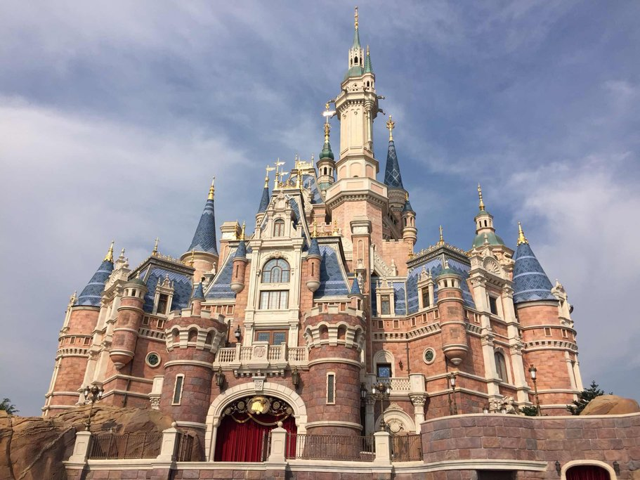 Shanghai Disneyland includes Adventure Isle, Pixar Toy Story Land, Fantasyland, Gardens of Imagination, Mickey Avenue, Tomorrowland, and Treasure Cove