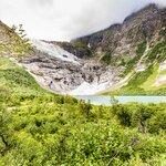 Hike to Neshaugen Glacier Viewpoint