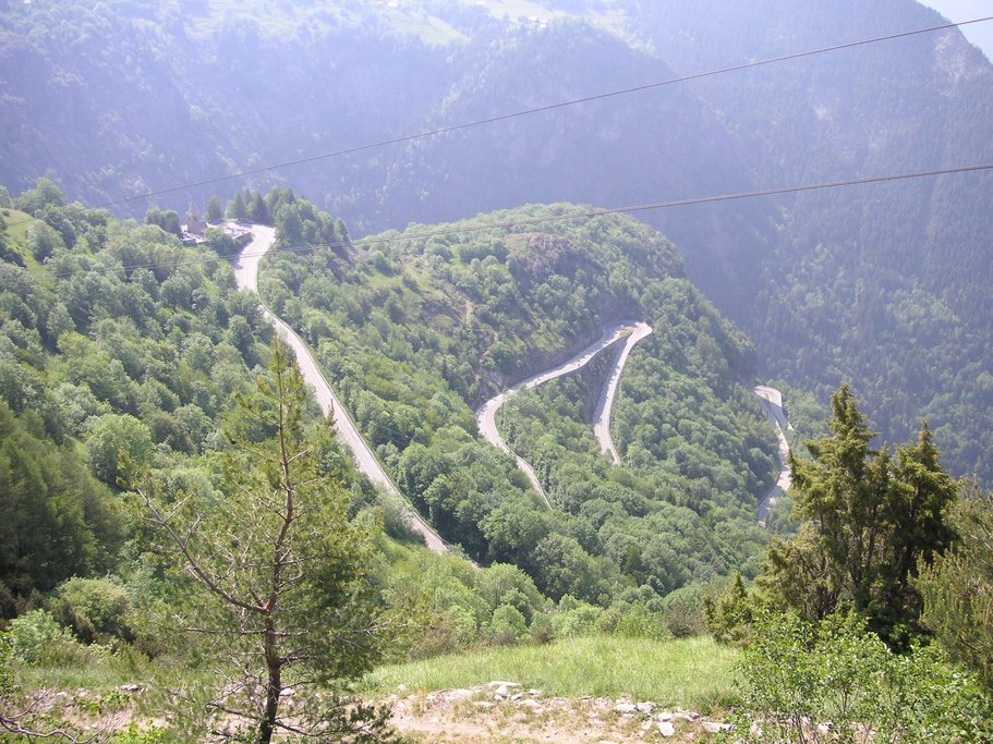 Careful on your descent from Alpe d'Huez