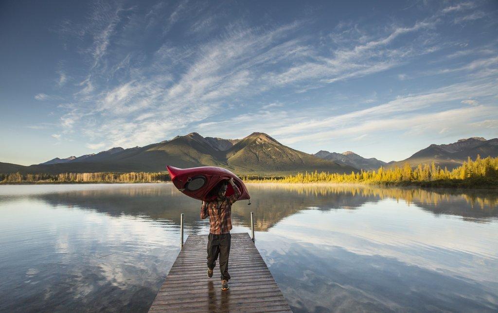 Kayaking on Vermilion Lakes near Banff (Noel Hendrickson)