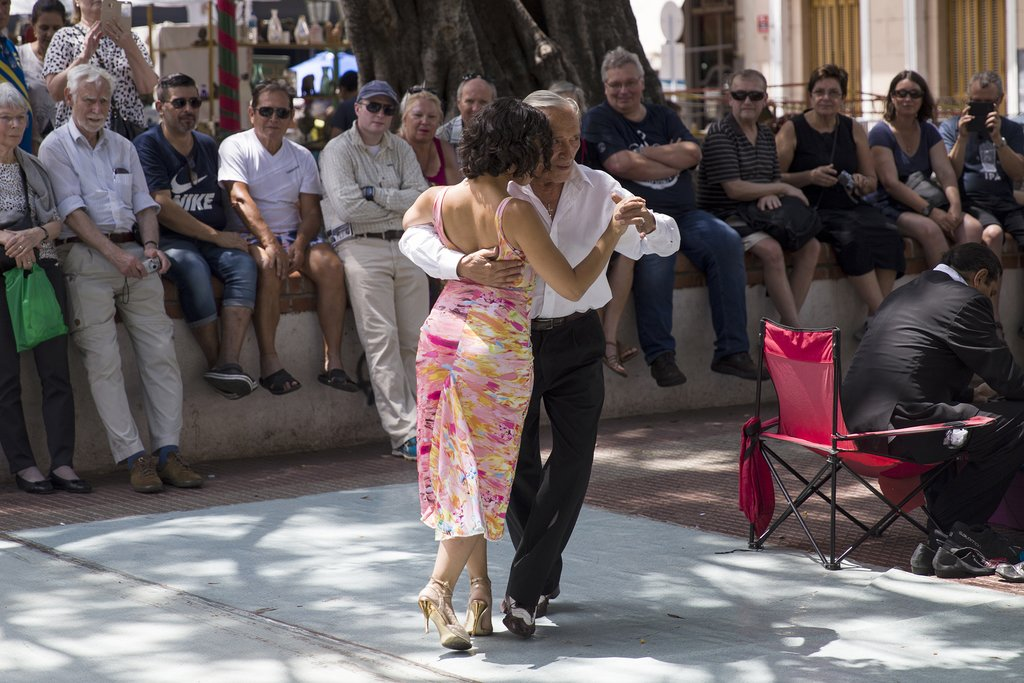 Tango dancers at a flea market in San Telmo