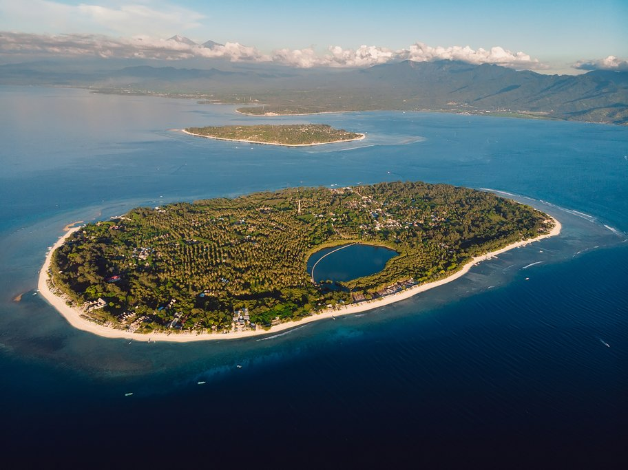 Spend a free day exploring Gili Meno