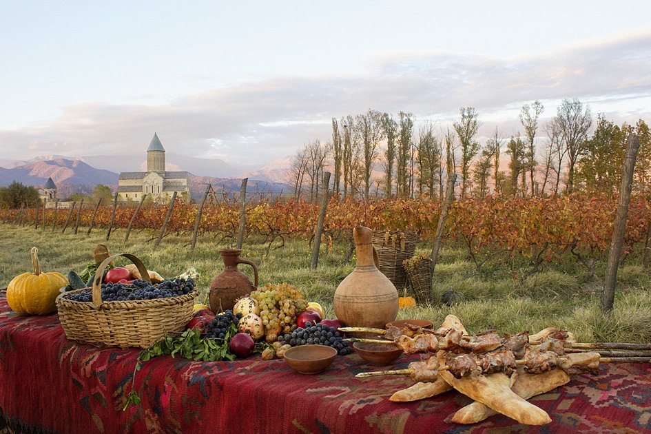 Enjoy a Traditional Lunch at a Winery