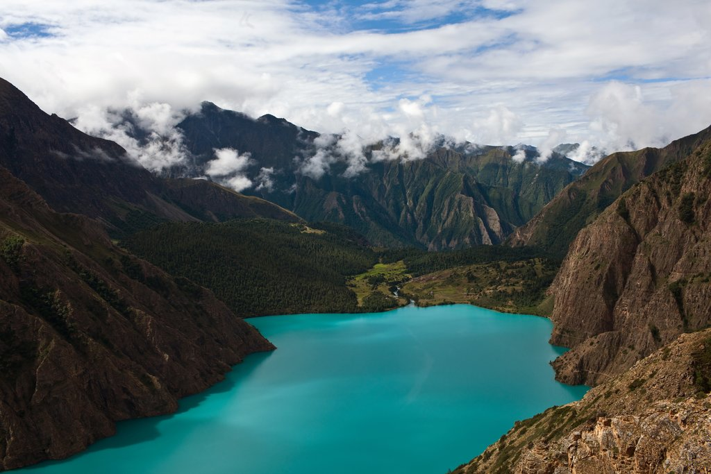 Phoksundo lake in Shey Phoksundo National Park, Dolpa