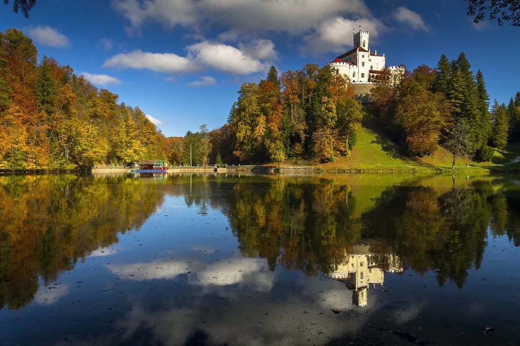 Trakošćan Castle on a sunny fall day