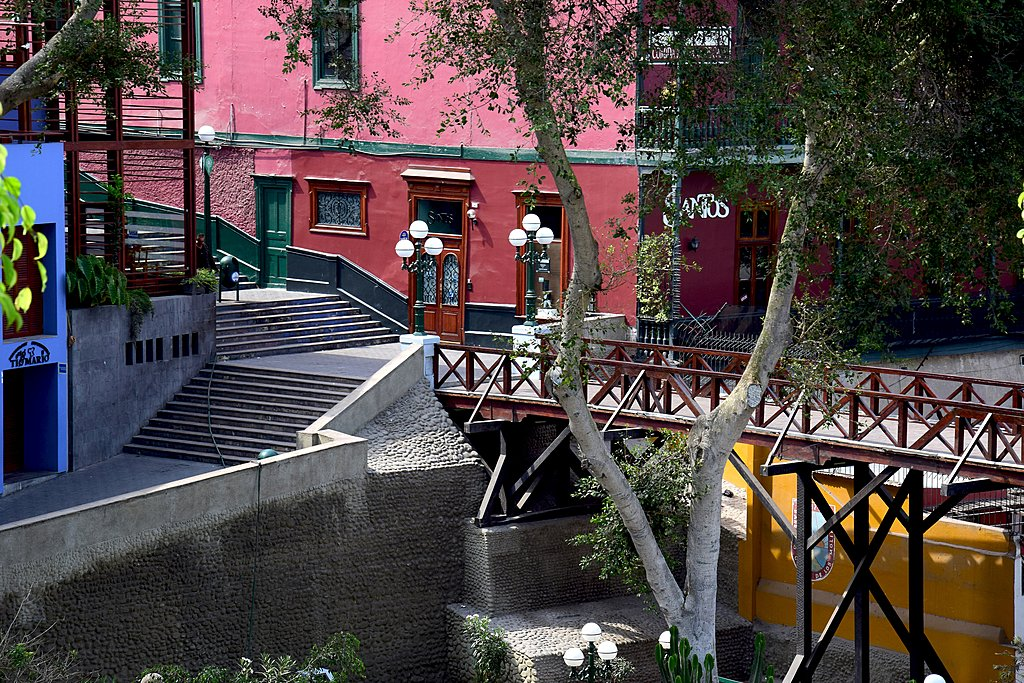 The shaded Bridge of Sighs in Barranco