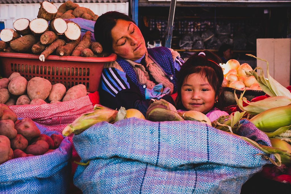 Bolivia, family sells potatoes
