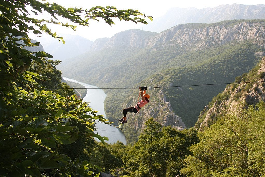Croatia - Cetina - Zip your way across the Cetina River canyon