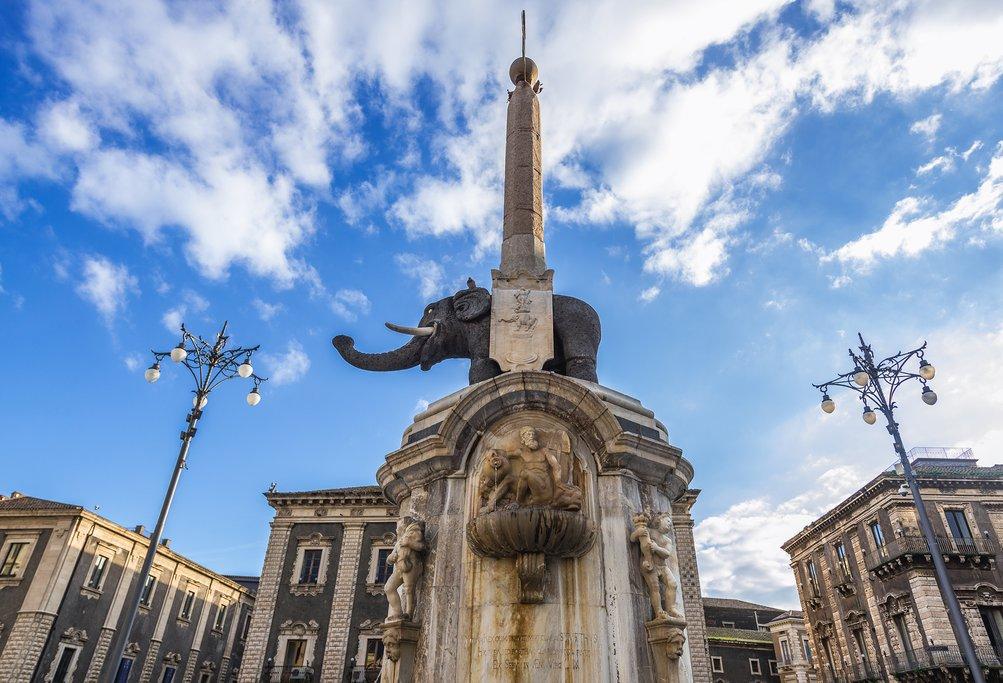 Italy - Sicily - Catania - Fontana dell' Elefante